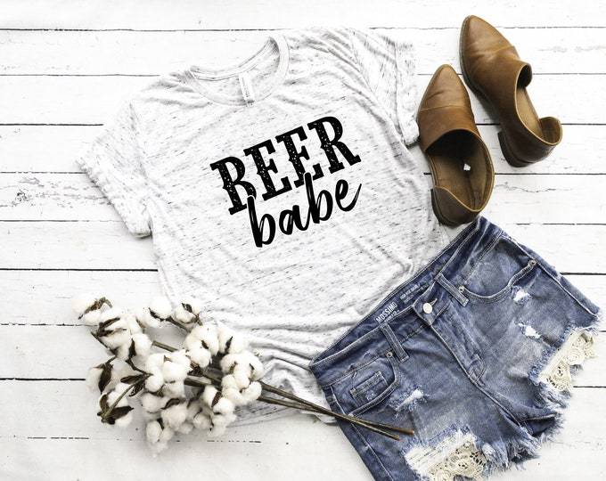Beer Babe, Unisex Short Sleeve Shirt for Women