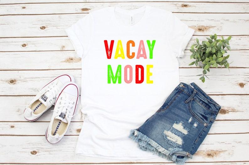 Spring Brake Tee Vacation Womens shirt Vacay Mode Summer Vacation Womens Graphic Tee Colorful Vacay Shirt Vacay Friend Vacation