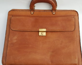 f07749991e10 Vintage Cinnamon Leather Briefcase with Gold Accents - Retro Office  Accessory