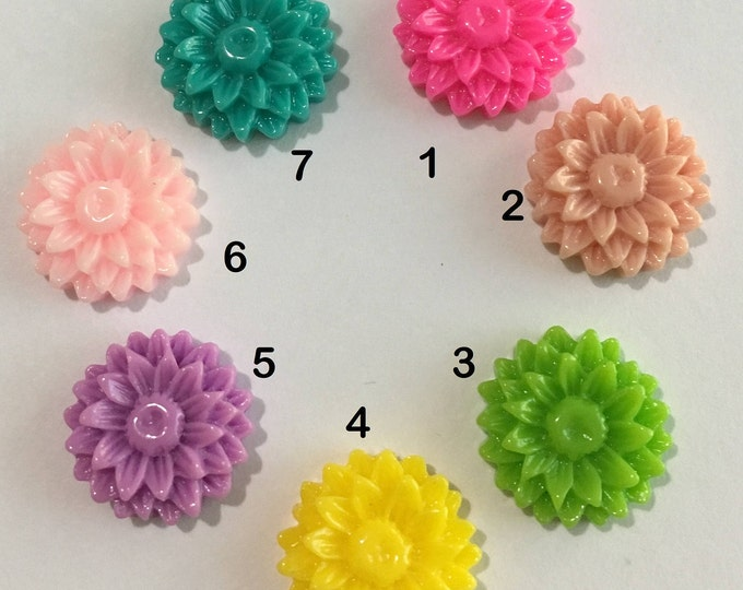 14mm Resin Flower Cabochon Mixed Color Flower DIY Jewelry Making Findings.