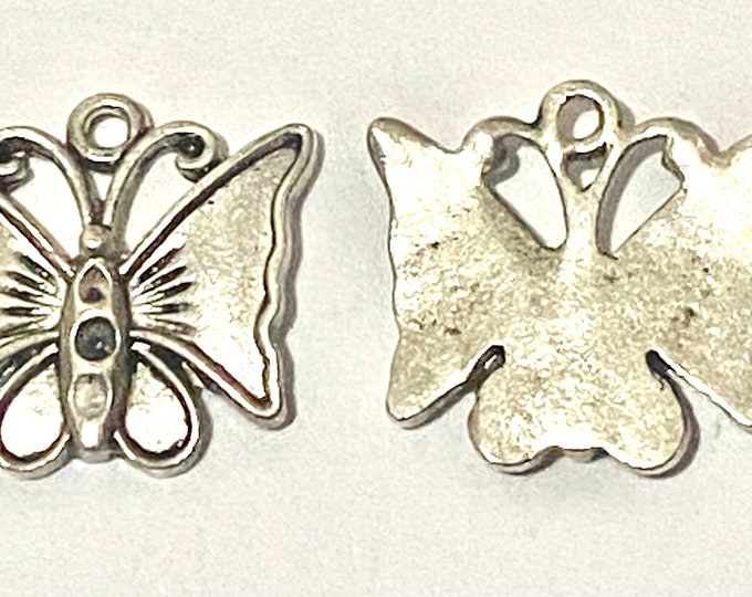 17mm Butterfly Pendant Antique Silver DIY Jewelry Findings.