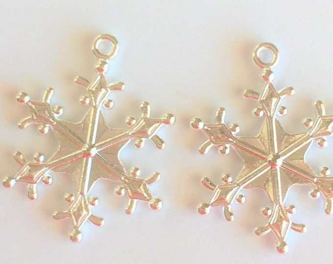 29mm Snowflakes Pendant silver Pendant DIY Findings for Jewelry Making.