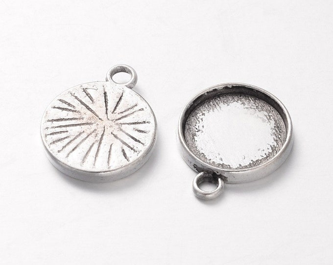 12mm Cabochon Setting Pendant Round  Inner Tray Antique Silver DIY Findings for Jewelry Making.
