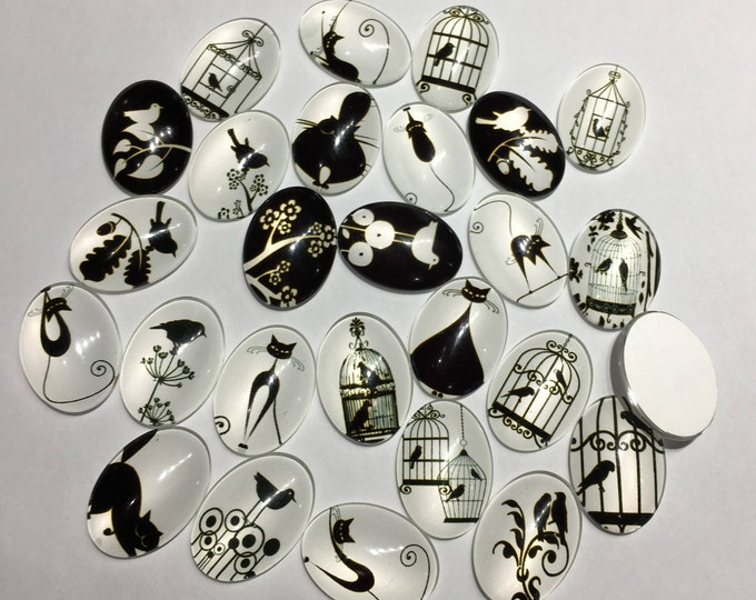 25x18mm Cabochon Printed Glass Black and White Theme Ornaments Decorations  Oval Flat back Cabochons, Mixed Color,, DIY Jewelry Findings