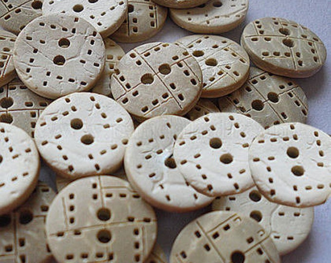 13mm buttons Carved 2 holes Coconut Buttons DIY Craft Supplies Findings.