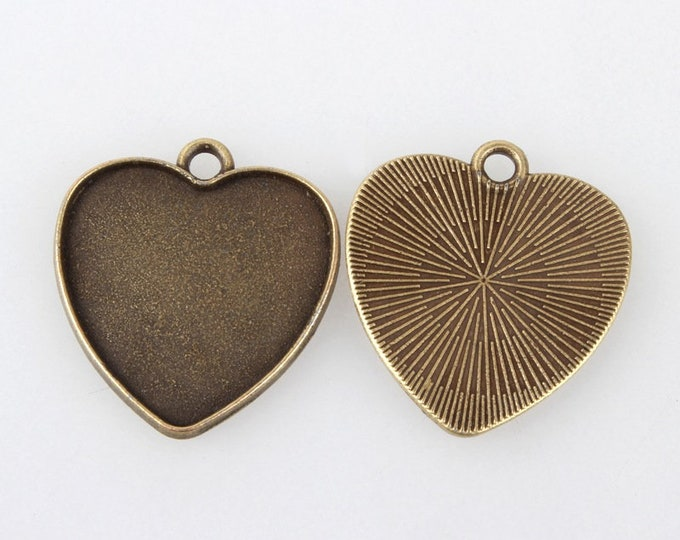 25mm Heart Cabochons Pendant Antique Bronze Tray Setting  Bezel Trays, 1 Inch Trays DIY Jewelry Findings.