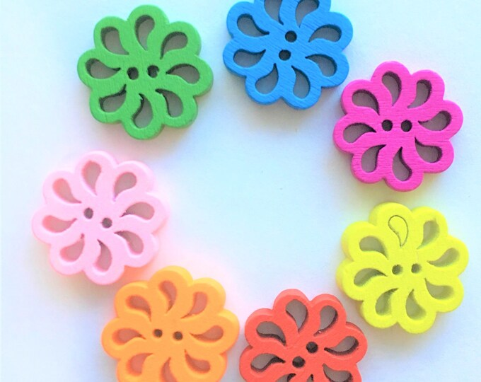 18mm Buttons wooden Flower Mixed colos 2 Hole Buttons DIY Craft Supplies Findings.