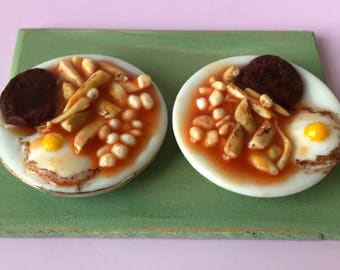 Dolls House 12th scale miniature food ~ Beefburger, egg, chips & beans for two