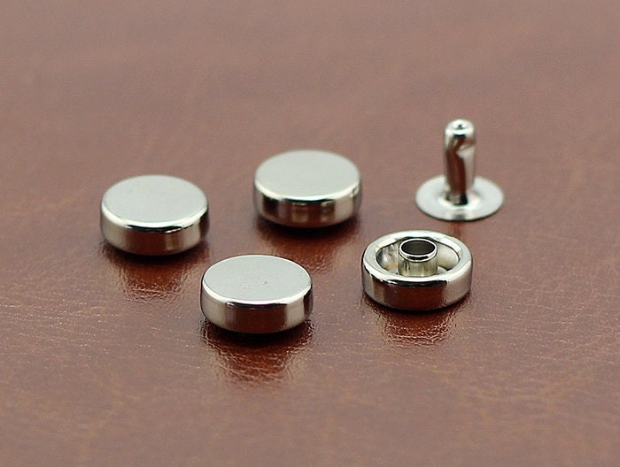 PACK of 50 Flat Round 9mm/10mm Silver Rivets Studs Leat