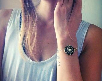 Black Rose Bauble Bracelet