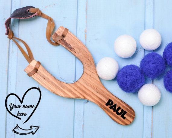Customized Slingshot toy 15 cm, sling shot, montessori inspired kids wooden sling shot with wool felt or styrofoam balls