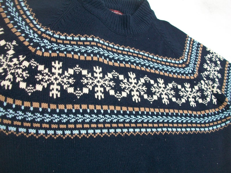 1c4a44834e98 Vintage KINGSPORT Sweater 1980 s Acrylic knit snowflake
