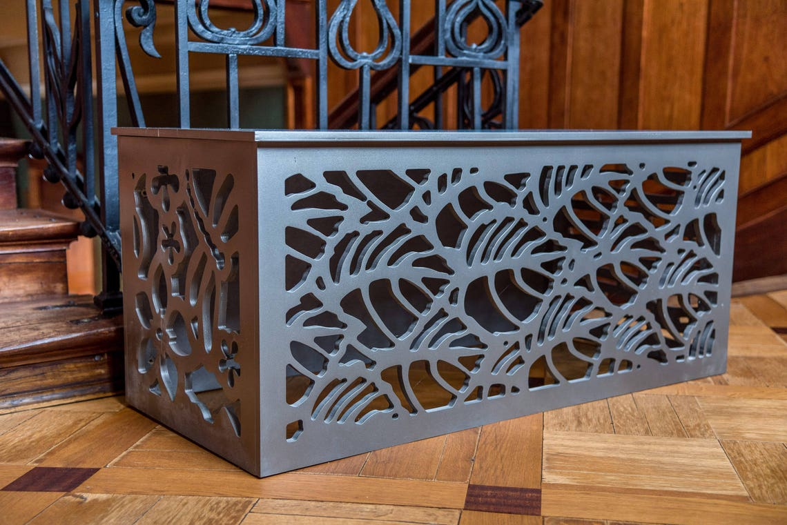 Decorative coffee table/ TV table