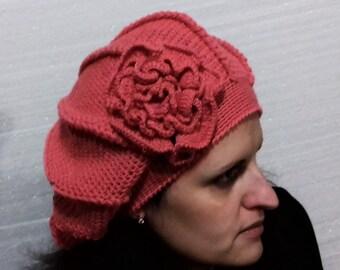 ea19ab37623cce Gehäkelt aus einem 100 % Wolle Garn mit einer Pfingstrose Blume mit einer  Perle rosa für Frauen, warme Wintermütze für Frauen, Valentinstaggeschenk