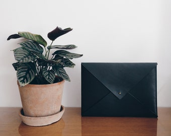 """Leather Laptop, Envelope, Macbook Pro 13"""" 15"""" Case, Personalised Handmade Notebook Cover, Clutch, Black, Minimalist, Fathers Day Gift"""