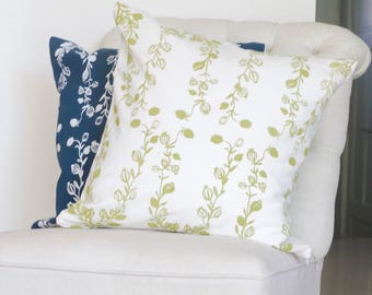 Square Pillows | Poppy garland pattern in white - blue and green - white | interior decoration