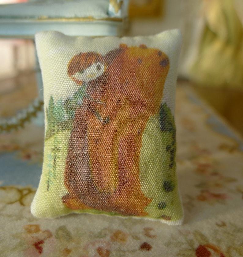 Dollhouse Miniature Lace Pillow Cushion 112 16