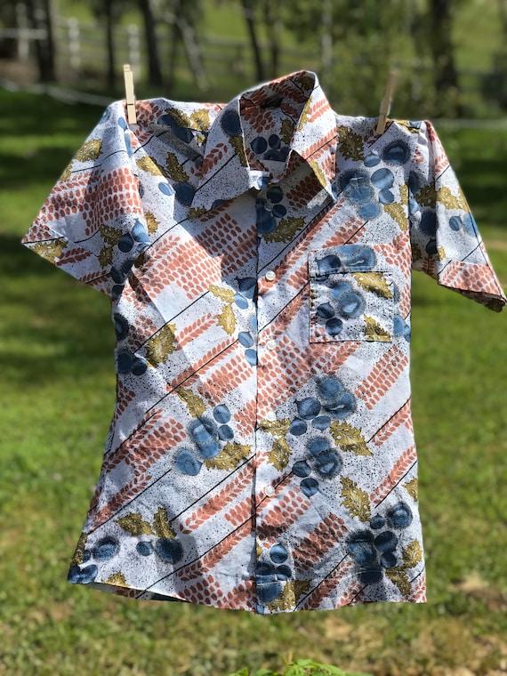 Groovy Vintage dress shirt small