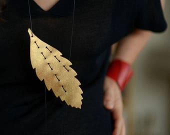 Fylla - Leather Neck Pieces