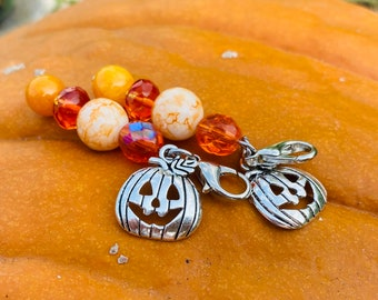 Fast Shipping from USA C598A Halloween witch hat charm fantasy hat clip on charm charm on lobster clasp zipper pull 3D wizard hat charm