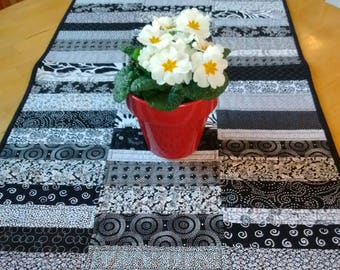 Black and White Modern Quilted Table Runner