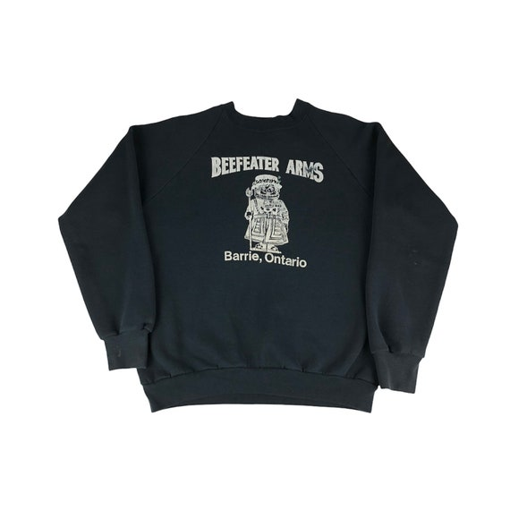 1990s Beefeater Arms Barrie Ontario Raglan Sweats… - image 1