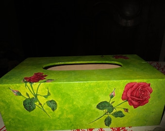 Box with wooden handkerchiefs, red roses, green