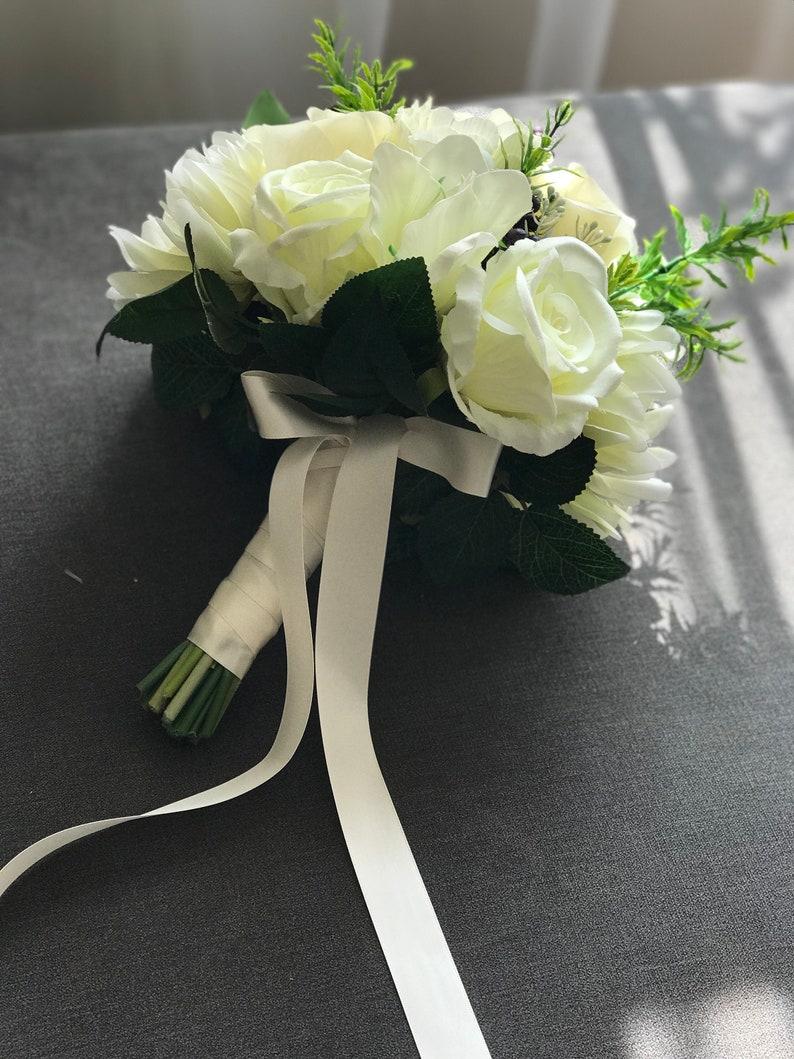 Wedding bouquet Floral bouquet Bridal bouquet Flower bouquet Ivory bouquet Bridesmaid bouquet Bride bouquet Silk flowers