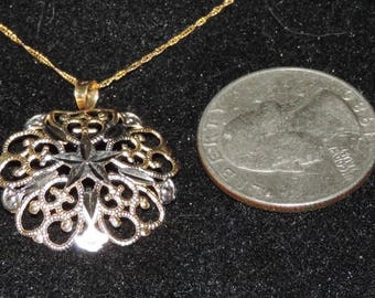Vintage Estate 10K Yellow White Gold 23 mm Filigree Pendant Necklace 1.21 Grams 18""