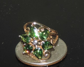 Vintage Estate 9K Yellow Gold Tsavorite Garnet Diamond Chip Ring 3.44 Grams 2.40 cts Size 3.5