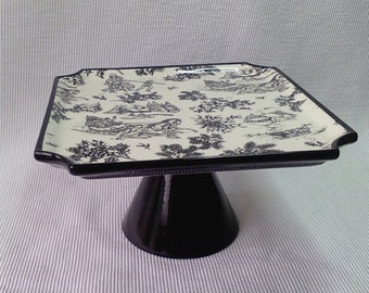 Black and White Toile Pattern Cake Stand