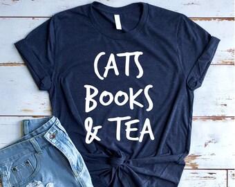 a856bd58e35 Cat reading book