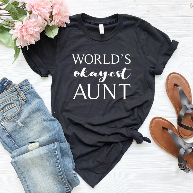 World/'s Okayest Auntie Birthday Present Gift Hoodie