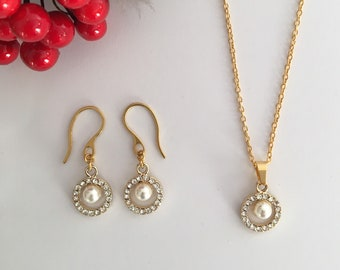 Gold Pearl Necklace and Earring Set, Christmas Gift for Her, Pendant Set, Gold Pearl Pendant, Gold Pearl Earrings, Stocking Stuffer Filler