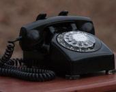 Vintage Leich Model 100 Telephone