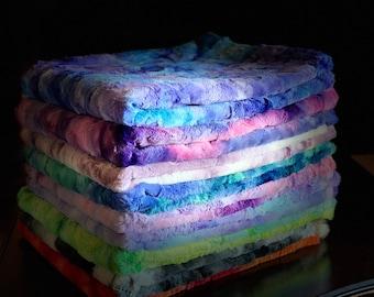 Tie-dye minky blanket, dorm bedding, room decor for teen girls, room decor aesthetic teen girls,  indie room decor, hippie, psychedelic