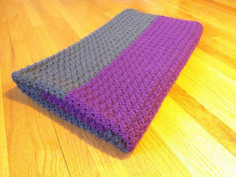 Crochet riddle stitch blanket