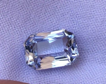 Natural Blue tint white sapphire 1.876cts