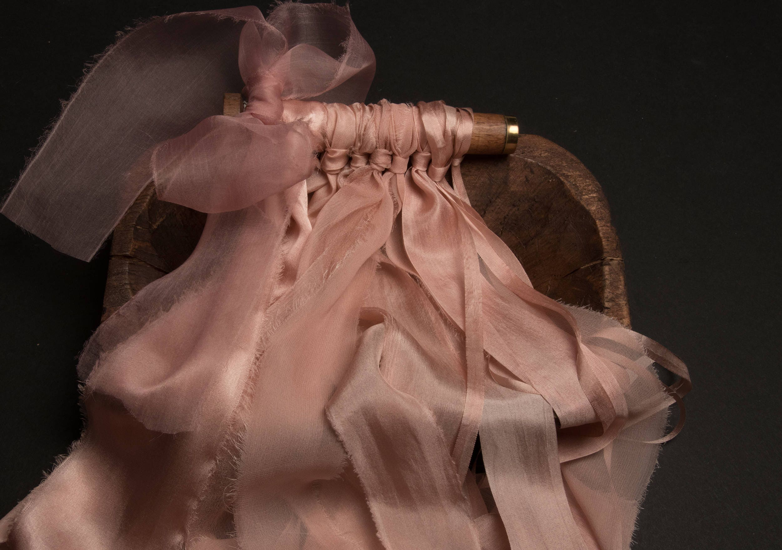 Corail Rose ruban style lot Comprend parfait pour papier coiffure, blog coiffure, coiffure mariage. Comprend lot 7 rubans de soie 2eaa31