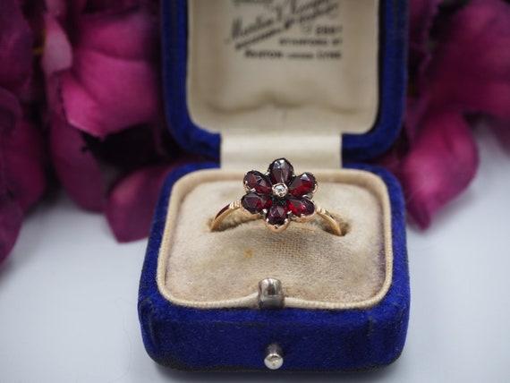 Antique 9ct Gold Garnet and Diamond Flower Ring, … - image 4