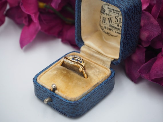 Antique 18ct Gold Sapphire and Diamond Ring, Size… - image 2
