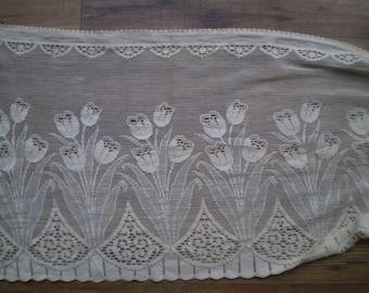 Vintage lace half curtain tulip design - suitable for caravan