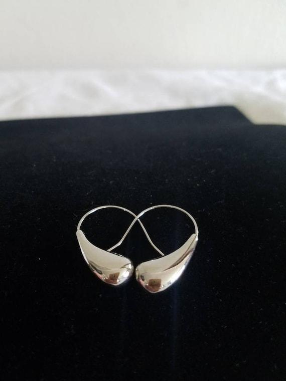 Vintage Minimalist Silver Earrings