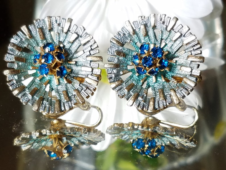 Blue and Gold Starburst Clip-on Earrings Vintage Costume Jewelry