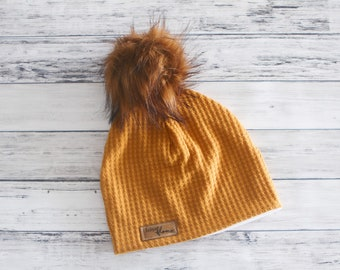 d083a684c5a Tuque DOUBLÉE tricot jaune moutarde tuque bébé enfant adulte tuque automne  hiver tuque à pompon