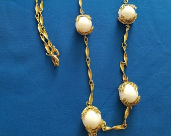 Gold Tone Rope Chain Necklace with Opaque Glass Beads