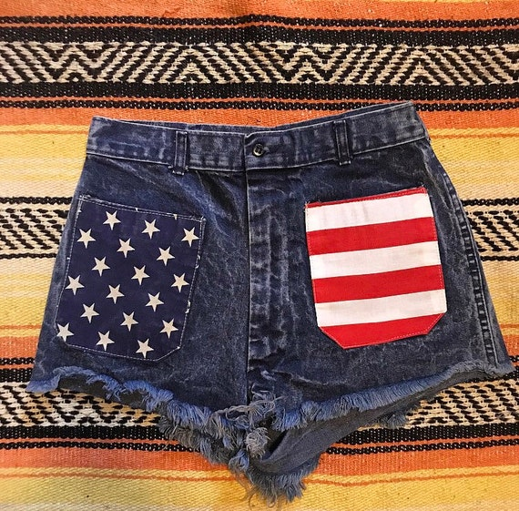 Vintage americana cut off denim shorts