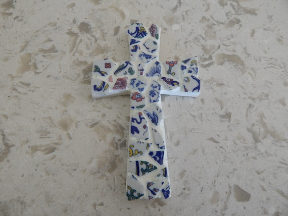 Mosaic tile wood cross shell cross, wall decor, beach house decor, chinoiserie cross