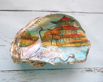 READY TO SHIP Decorative oyster shell ring dish, decoupage shell decor, crane with pagoda oyster shell, asian inspired