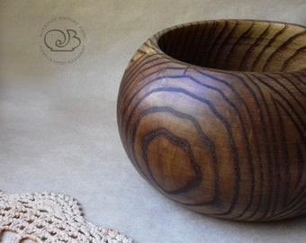Wooden yarn bowl, yarn holder, knitting ball holder, yarn ball holder, crochet accesories, natural wood, gift for knitter, gift for her